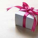 退職祝いの母へのプレゼント~女性に贈ると喜ばれる物は?