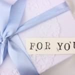 彼女へのホワイトデーのお返し~人気のプレゼントはコレ!
