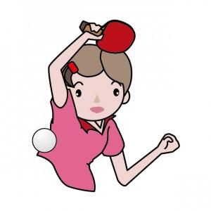 卓球をする女子